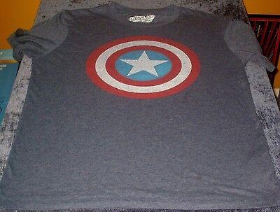 Captian America Shield (DISTRESSED STYLE MARVEL COMICS CAPTIAN AMERICA SHIELD MENS T-SHIRT S)