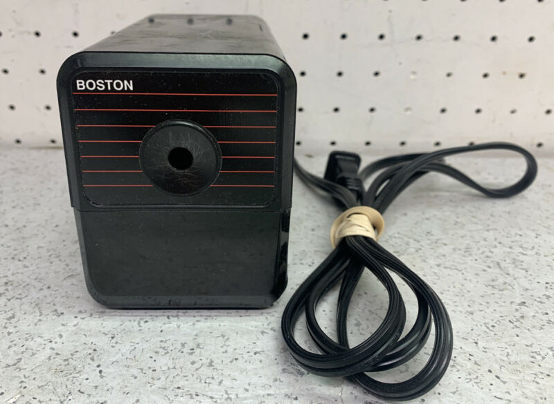 VINTAGE BOSTON ELECTRIC PENCIL SHARPENER MODEL 18 196A