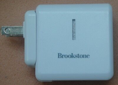 Genuine  Brookstone DEXIM  DCA213 Backup Power Charger 5V 2A