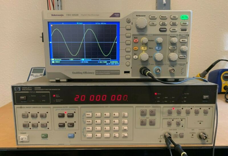 HP 3325B Synthesizer / Function Generator 20MHz