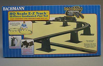 BACHMANN HO E-Z TRACK GRADUATED PIER SET 14 Pcs train trestle overpass 44471 NEW