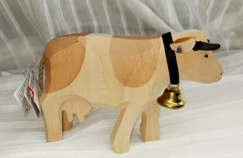 Handcrafted Trauffer Edition alfred 1938 Swiss Wood Cow