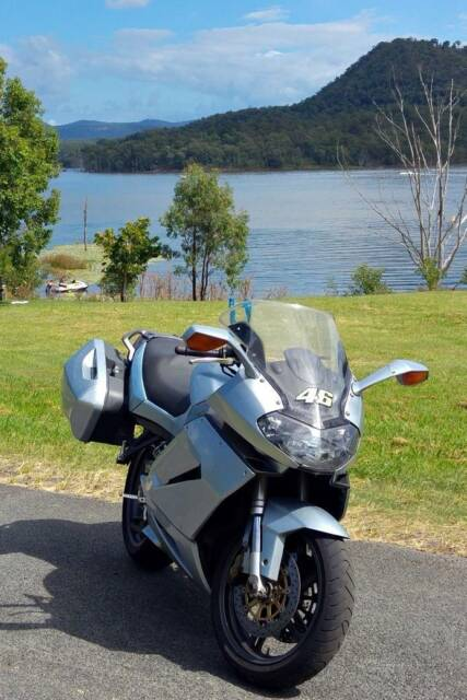 Aprilia rst 1000 futura for sale motorcycles gumtree australia aprilia rst 1000 futura for sale motorcycles gumtree australia ipswich city south ripley 1172483333 fandeluxe Choice Image