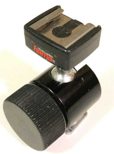 Adjustable Flash Shoe Mount, made by Hama