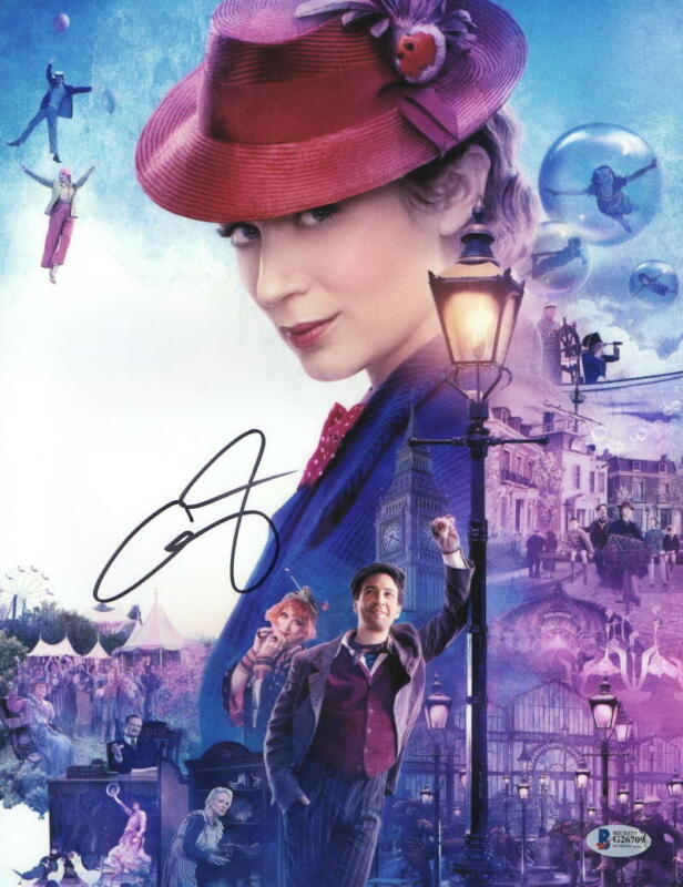 EMILY BLUNT SIGNED 11X14 PHOTO MARY POPPINS RETURNS AUTOGRAPH BECKETT COA H