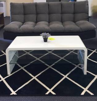 brand new high gloss coffee table with glass blackwhite j715