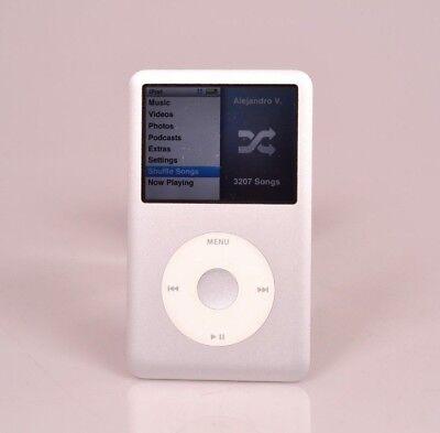Silver Apple iPod Classic 160Gb 7th Near Mint Perfect H Drive w/Accessories (20)