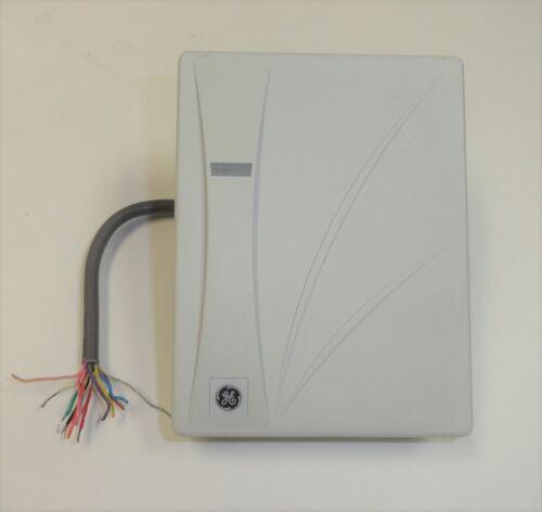 UTC GE Interlogix T-520SW 430210001 Card Reader, Used. Light Gray, Wiegand Forma