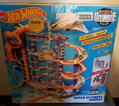 Mattel Hot Wheels Super Ultimate Garage Playset Brand New