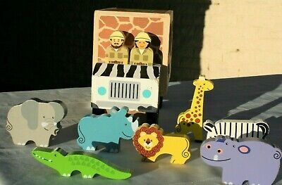 Melissa & Doug #5180 Safari Animal Rescue Shape-Sorting Truck Wooden Toy