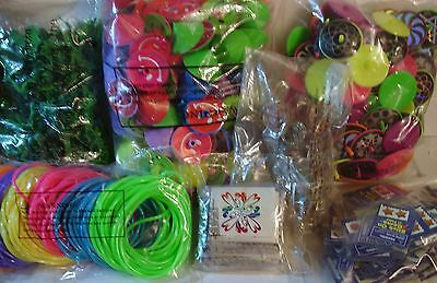 CARNIVAL TOYS  LOT OF 1008 SMALL PRIZES, PARTY TOYS, FAVORS #13