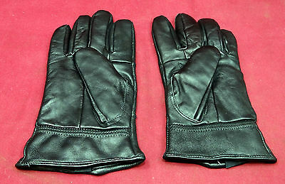 Pair of Never Worn Custom Made Soft Leather Gloves, Felt Lined, Zippered