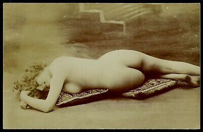 Original 1910 Citrate French Postcard Photo Attractive Nude Girl Rear View