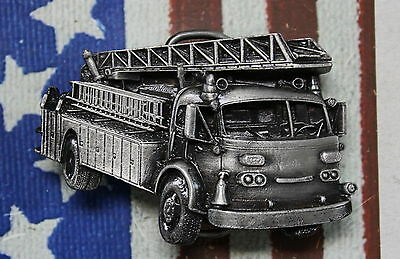 KAPPYS 1978 GERGAMOY  HOOK & LATTER FIRE FIGHTERS ENGINE BELT BUCKLE G-38 MINT