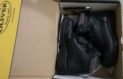 Safety boots Steel cap