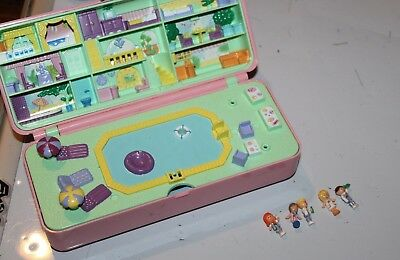 Vintage Polly Pocket Pool Paty Play Set With 5 Figures Playset