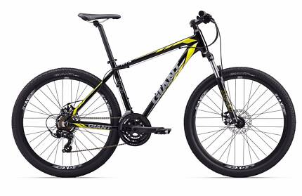 Stolen not selling .. 13 yr old son ATX 2 . 2017 giant