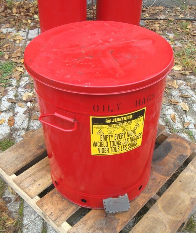 JUSTRITE 21 GAL OILY WASTE CAN, Foot Operated, 09700, 09701, 09733, 09710, 09711