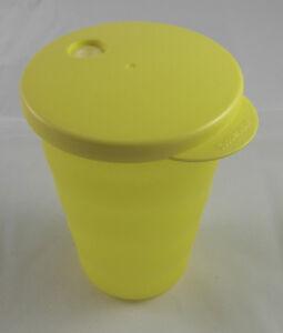 tupperware j 37 junge welle trinkbecher becher mit deckel 330 ml gelb neu ebay. Black Bedroom Furniture Sets. Home Design Ideas