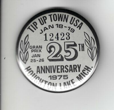 1976 TIP UP TOWN BADGE PIN PINBACK-MICHIGAN DNR DEER BEAR FISHING PATCH LICENSE