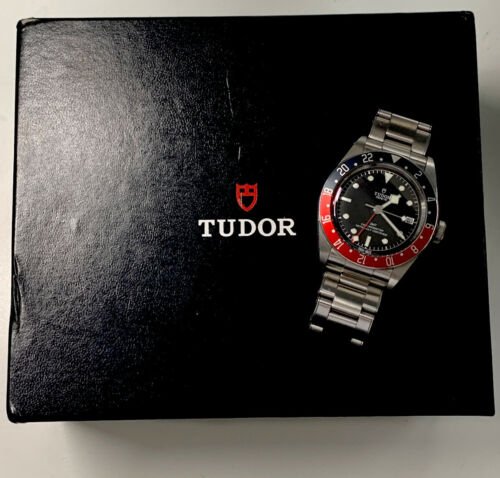 Tudor Heritage Black Bay GMT Pepsi (Red/Blue Bezel) 41mm – Warranty! - watch picture 1