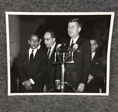 President John F. Kennedy JFK 1963 King Hassan II Morocco Press Photo A9