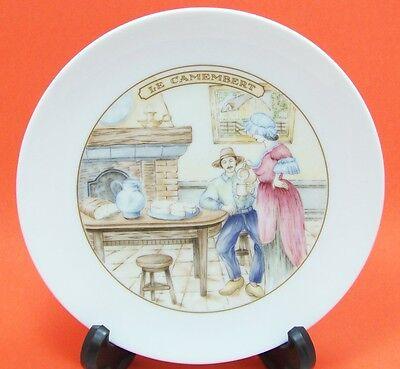 four APILCO France Porcelaine Cheese Plates REBLOCHON BRIE ROQUEFORTCAMEMBERT ()