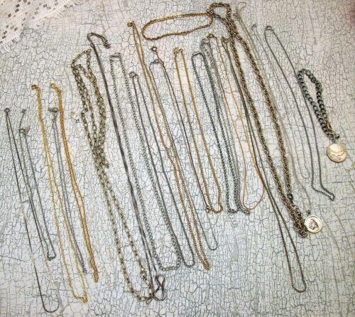 Lot of 22 Vintage Chain Necklaces + 2 Bracelets 24 total pcs Gold & Silver Tone