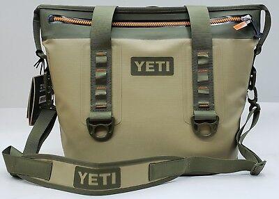 (YETI Hopper Two 20 Soft Cooler - Field Tan)