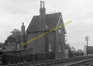 Kempston-Elstow-Railway-Station-Photo-Bedford-Millbrook-L-NWR