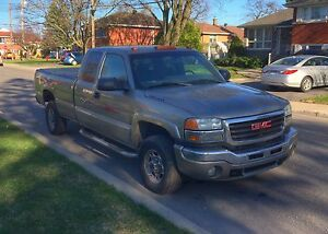 GMC SIERRA HD2500