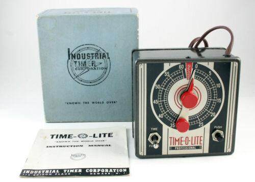 """U200979 Vintage Time-O-Lite """"Professional"""" Model P-49 Enlarger Timer"""