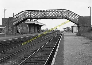 Quainton Road Railway Station Photo. Calvert - Waddesdon Manor. Aylesbury Line