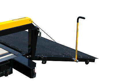 Gorilla Lift 360 Degree Easy Grip And Stow Trailer Tailgate Handle Yellowused
