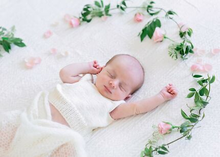 Beautiful genuine newborn family photography