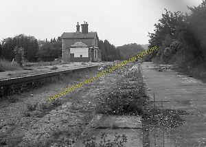 Forest Row Railway Station Photo. East Grinstead - Hartfield. Groombridge Line