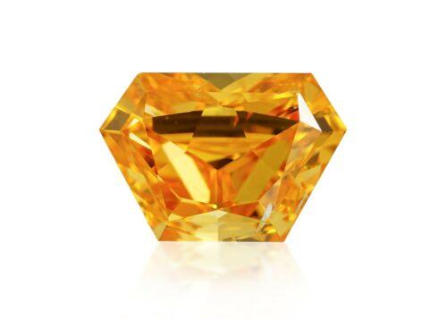 Diamond Natural Color Fancy Vivid Yellow Orange 0.57 ct Loose Trapeziod cut GIA