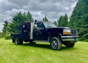 1995 F-350 7.3 Powerstroke *COMES WITH WELDER*