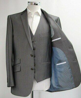 Men's Greenwoods Tailored Fit Grey Blazer and Waistcoat Set (40R).. Sample 6155
