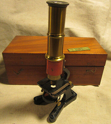 """VINTAGE MICROSCOPE MADE IN FRANCE WITH BOX """"GROSSISSEMENT"""""""