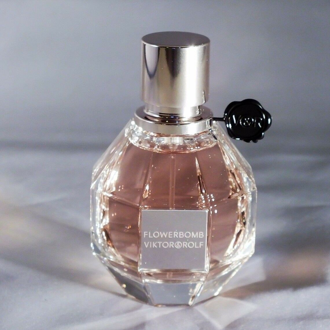 FLOWERBOMB (AUTHENTIC, NEW & SEALED) by Viktor & Rolf 3.4oz or 1.7oz EDP Women