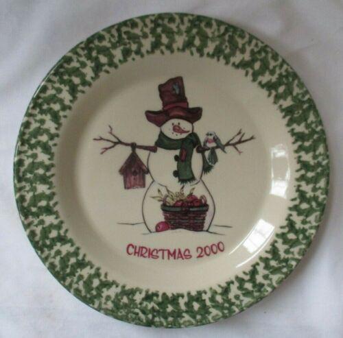 GERALD HENN WORKSHOPS CHRISTMAS 2000 POTTERY GREEN SPONGEWARE PLATE -NEW