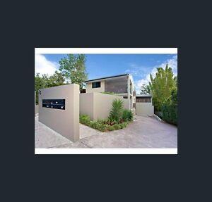 Spacious and secure 2 bed 2 bath in Mt Gravatt - GREAT LOCATION Mount Gravatt East Brisbane South East Preview