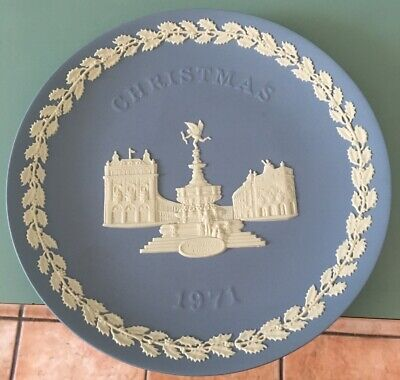 WEDGWOOD Jasperware Blue Christmas 1971 PICCADILLY CIRCUS ()