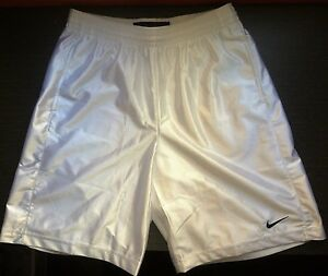 Nike-White-Basketball-Shorts-pantalon-baloncesto-blanco