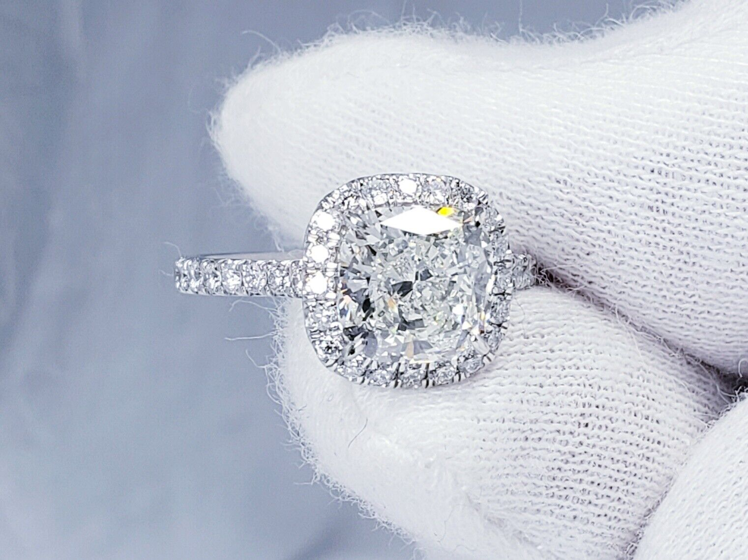 2.26ct GIA Certified Diamond Engagement Ring Halo Design Cushion Cut I Color Si1 8