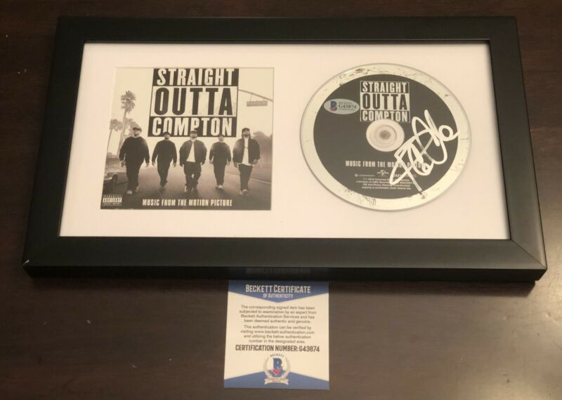 ICE CUBE STRAIGHT OUTTA COMPTON SIGNED FRAMED CD BECKETT BAS COA AUTO