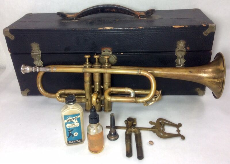Antique Boston Musical Instrument Company Cornet  1911 W/two Mouthpieces Extras