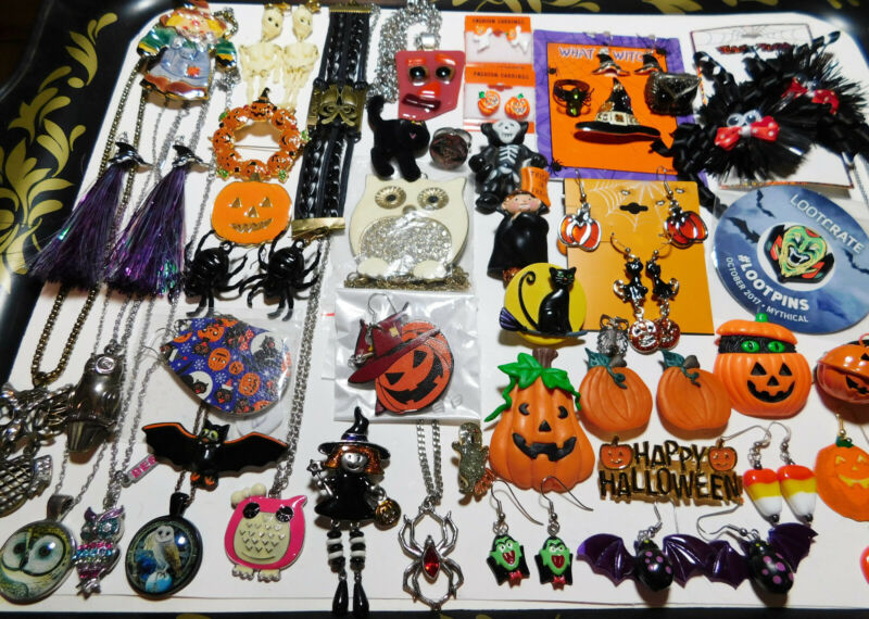 HALLOWEEN 45 PIECE JEWELRY LOT NECKLACE EARRINGS BROOCHES ALL WEARABLE