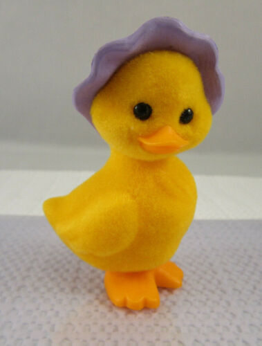 Hallmark Merry Miniature EASTER - 1983 Flocked Duck In Bonnet